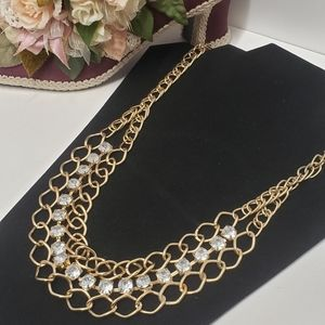 Gorgeous Chain & Crystal Statement Necklace